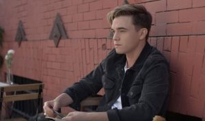 arti-dan-terjemahan-lirik-lagu-jesse-mccartney-better-with-you